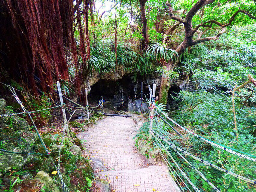 Todoroki cave stairway