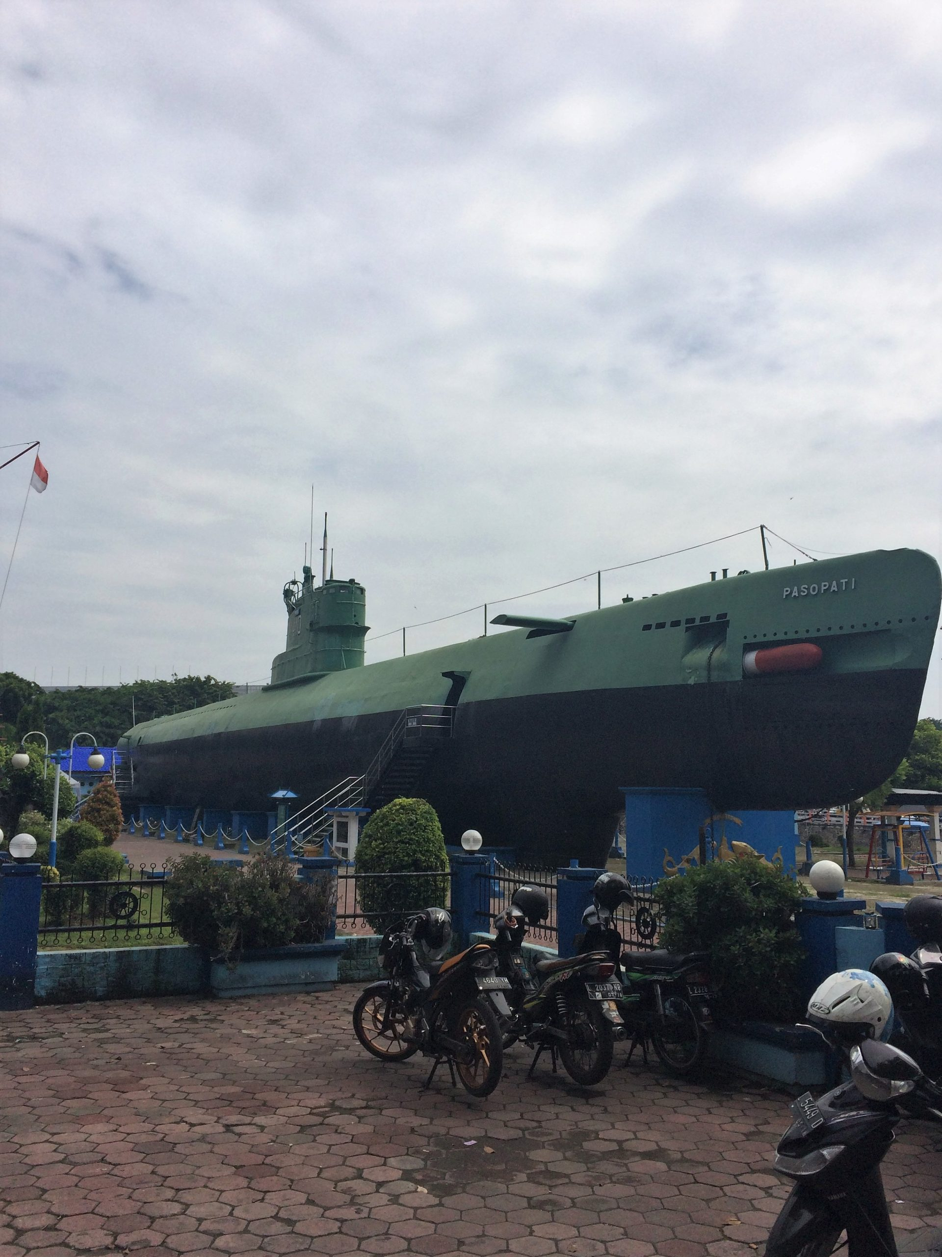 Java Part 1 Travelling Welshman Kapal Otok Surabaya All I Got To See Of The Submarine